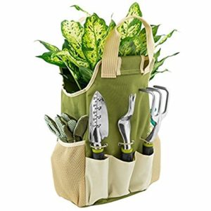 Best Gardening Gifts for Women Who Are Passionate About Gardening